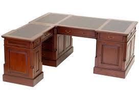 bureau style anglais bureau d angle style anglais en acajou plateau noir cambridge