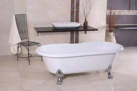 jugendstil badezimmer freistehende luxus badewanne jugendstil weiß silber