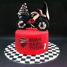 138 best bike cake images on pinterest bike cakes motorbike