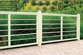 ringhiera in legno per giardino grigliati e recinzioni by pircher m m legno pi