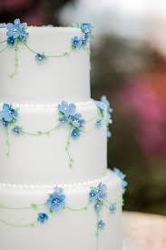 cinderella wedding cake cinderella wedding cake cinderella wedding small white flowers