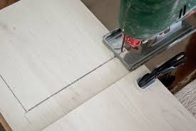 cutting laminate flooring on how to cut laminate flooring