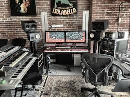 pictures on what equipment do you need for a recording studio