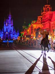 the headless horseman makes an appearance at walt disney world u0027s