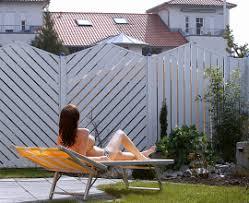 balkon sichtschutz aus glas zas balkone sichtschutzwände aus pulverbeschichtetem aluminium