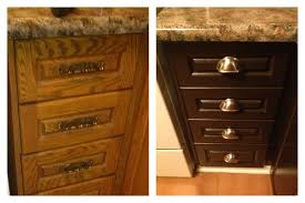 Nuvo Cabinet Paint Reviews by Kitchen Cabinet Knobs Pulls And Handles Hgtv Cabinets Ideas