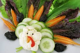 thanksgiving turkey platter how to make an adorable thanksgiving turkey from fruits