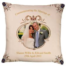 whats a wedding present expensive wedding gift ideas for imbusy for