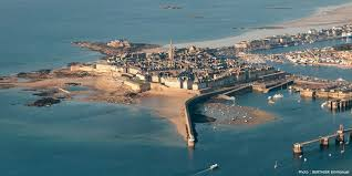 Saint Malo France Map by Camping Saint Malo Sea Green Emeraude Brittany France