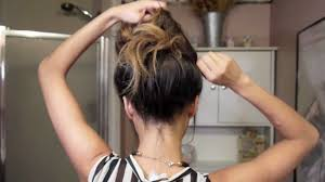 time to get messy hairstyles easy messy bun tutorial youtube