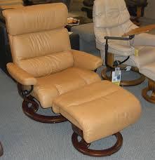 Stressless Recliner Chairs Reviews Ekornes Stressless Memphis Savannah Recliner Chair Lounger