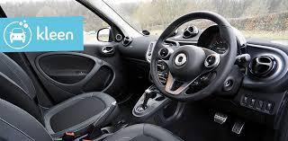produit pour nettoyer les sieges de voiture nettoyer l habitacle de sa voiture les astuces de kleen