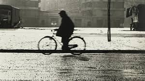 la photographers la strada italian photography from the 1960 s