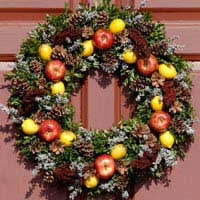 creating autumn wreaths with fruit