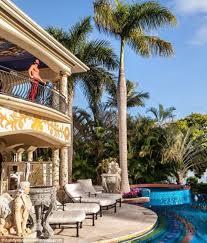 travers beynon u0027s 500 000 gold coast mansion party revealed