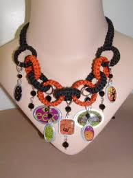 making a halloween necklace craftstylish