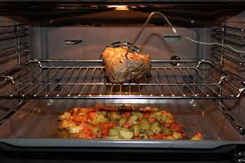 cuisiner un gigot d agneau au four jessy s kitchen gigot d agneau chicons braisés et pdt carottes
