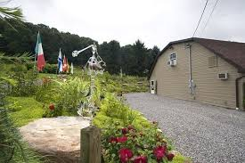 Rock Cottage Glassworks by Glass Blowing And Gift Shop