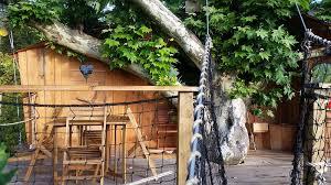 chambre d hote cabane dans les arbres la cabane dans les arbres ilot à 7 mètres les cabanes de canon