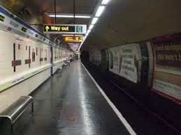 crushed by escalator moorgate tube crash wikipedia