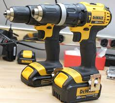 best black friday deals on dewalt drill dcd790d2 dewalt hammer drill review dcd785c2
