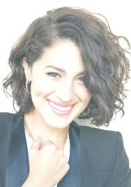 messy curly short hairstyles cute messy short wavy curly hairstyle