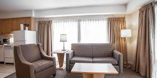 one bedroom queen suite riverview accommodations downtown