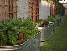 20 unique u0026 fun raised garden bed ideas