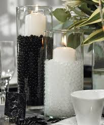 decorating in white 26 timeless black and white party ideas shelterness