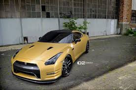 gold cars matte gold nissan gtr d2forged cv8 wheels three quarter front view