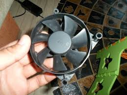 How To Make A Small Wind Generator At Home - old pc fan u003e wind turbine in 10 minutes 4 steps