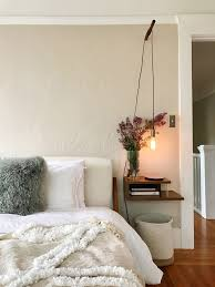 How To Make A Bed Like A Pro 10 Tips For Decorating Small Spaces Architectural Digest