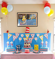 dr seuss birthday party ideas dr suess birthday party food lorax cupcakes