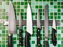 anthony bourdain on kitchen knives food quiz match kitchen wits against anthony bourdain reader s