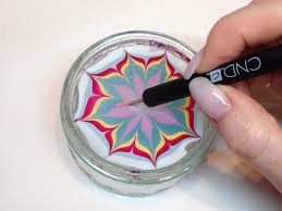 how to produce water marbling nail art with nail polish cnd