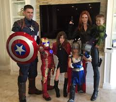 Halloween Costume Themes For Families by Cool Family Cosplay Halloween Fun Pinterest Family Cosplay