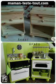 faire une cuisine pour enfant diy fabriquer une cuisine pour enfant avec deux tables de chevet