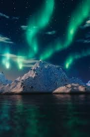 best country to see northern lights best countries to see the northern lights northern lights alaska