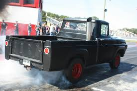 Old Ford Truck Drag Racing - diesel drag and dyno at the east coast