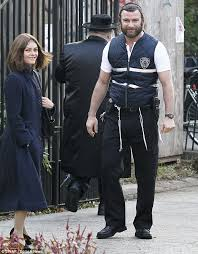Hasidic Jew Meme - liev schreiber and vanessa paradis don traditional jewish hair and