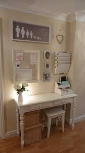 Best 25 Diy Computer Desk Ideas On Pinterest Computer Rooms by Best 25 Hallway Office Ideas On Pinterest Family Photos On Wall