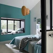 chambre noir et vert peindre un mur en bleu foncac pour booster sa dacco chambre bleu