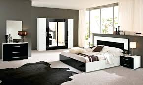 chambre a coucher blanc laque brillant chambre a coucher blanc chambre coucher de luxe 107 ides