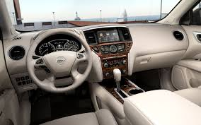 nissan pathfinder entertainment system looking back a history of the nissan pathfinder photo u0026 image gallery