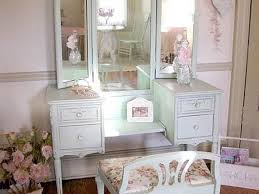 Bedroom Makeup Vanity With Lights Makeup Vanity Beautiful Makeup Vanity Set With Bedroom Vanities