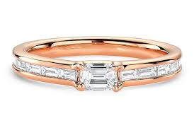 baguette ring tapered baguette ring in 18kt gold 1 33 ctw ritani