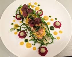 cuisiner salicorne saumon poché sauce raifort légumes et salicorne