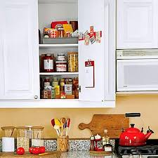 Organising Kitchen Cabinets by 17 Organising Kitchen Cabinets 301 Moved Permanently How To