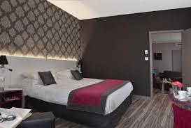 chambre d hotel pour 5 personnes hôtel le fontarabie 3 étoiles fontenay le comte accueil vendée
