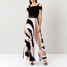 coast dress rockafella print maxi dress endource